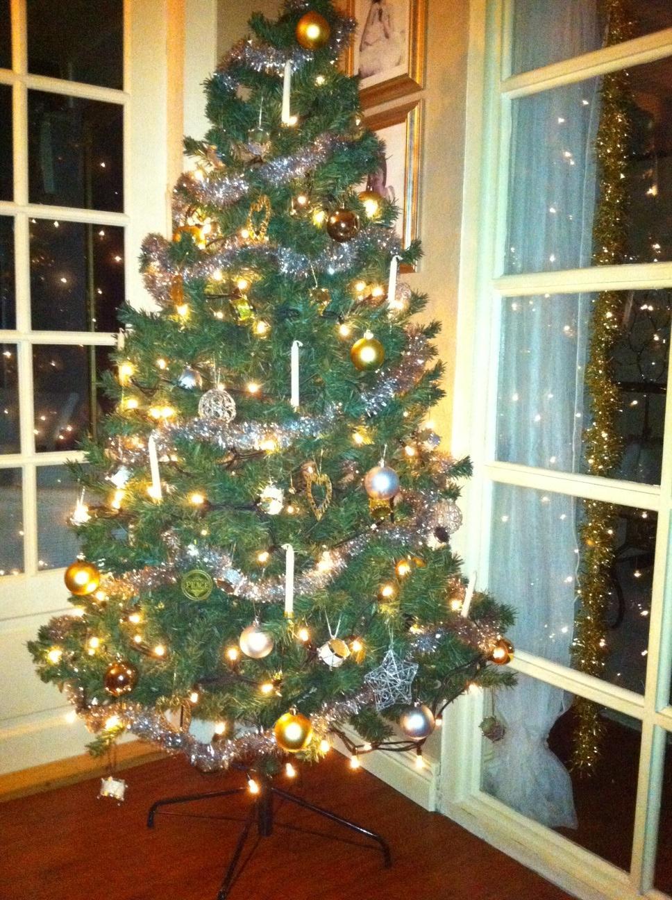 Seriøst Kunstigt Juletræ 180 cm. HQ95